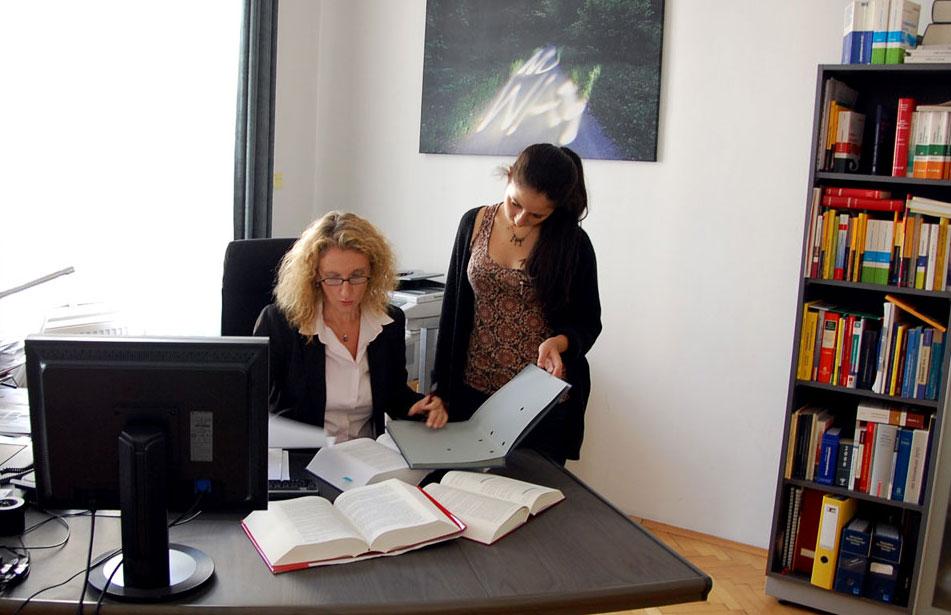 Zivilrecht - Dr Alexandra Knell