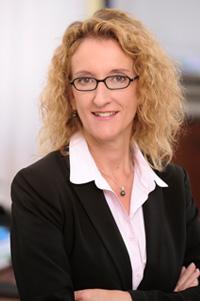 Dr. Alexandra Knell