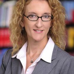 Dr Alexandra Knell